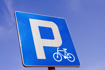Bicycle parking road sign
