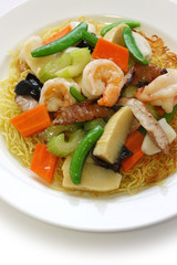 Pan fried noodles with seafood