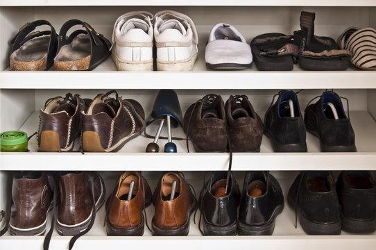 Placard à chaussures