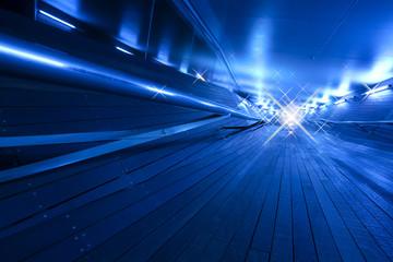 ブルーの通路