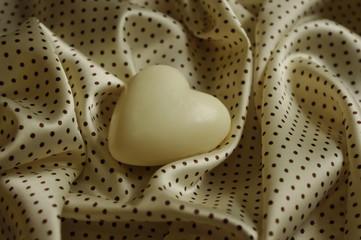 Fototapeta Białe serce w kolorze sepii obraz