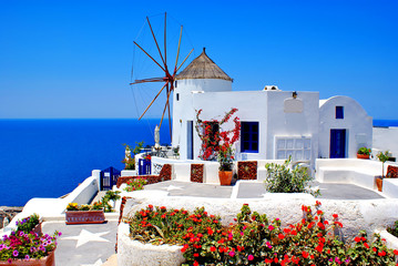 Obraz Windmill on Santorini island, Greece - fototapety do salonu