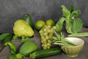 natura morta di frutta e verdura