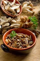 mushroom sauted on bowl - funghi trifolati