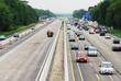 Verkehrsstau an Autobahnbaustelle