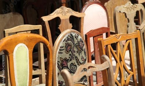 alte holzst hle stockfotos und lizenzfreie bilder auf. Black Bedroom Furniture Sets. Home Design Ideas
