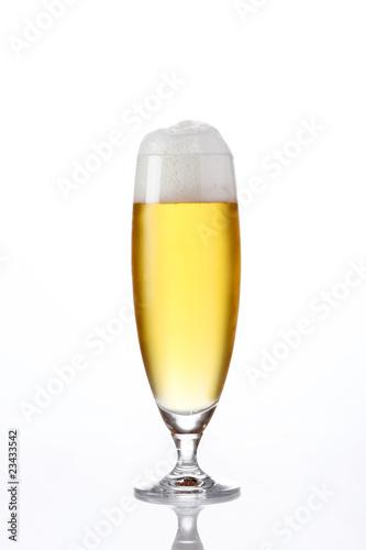 Bier glas schaum stockfotos und lizenzfreie bilder auf for Tegee glas schaum glanz