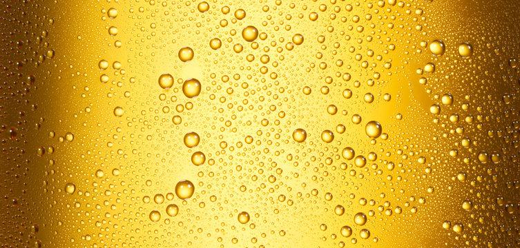 Bierfond mit Tropfen 14 Ausschnitt