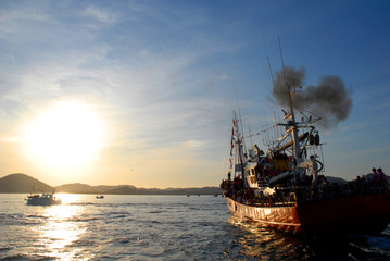 Fotobehang Schip barco pesquero