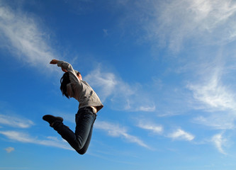 青空にジャンプ