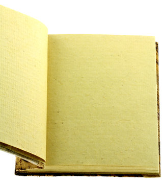 pages jaunies de bloc-notes artisanal naturel, fond blanc