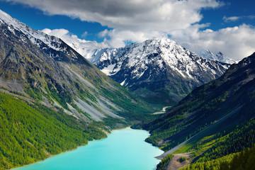 Wall Mural - Beautiful turquoise lake in Altai mountains