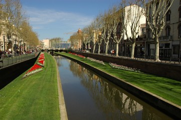 Canal fleuri
