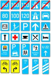 Schilder an Autobahnen und Straßen