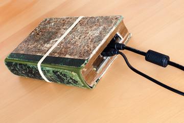 externe Festplatte als Buch getarnt, E-Book