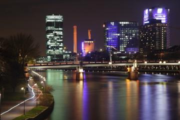 Frankfurt bei Nacht Skyline