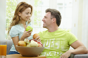 Cpople eating apple