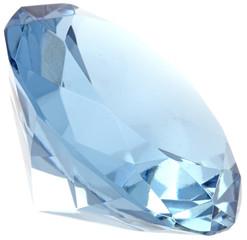 quartz bleu taille diamant, fond blanc