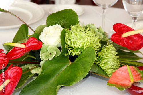 Bouquet centre de table r ception stock photo and - Bouquet centre de table ...