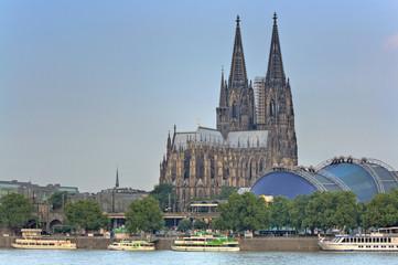 Fototapete - Messeturm, Messegelände, Köln