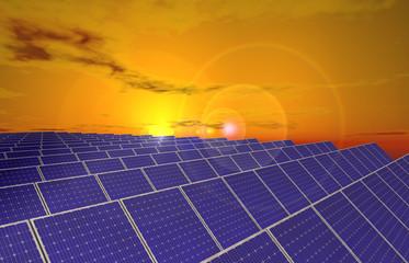 Sonnenaufgang über Solarkollektoren