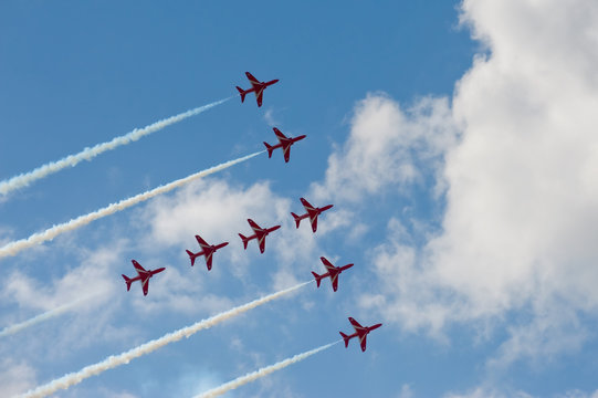 precision formation aircraft flying display