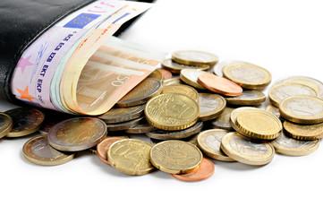 banconote con monete in euro