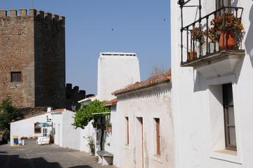 le village de Monsaraz au Portugal