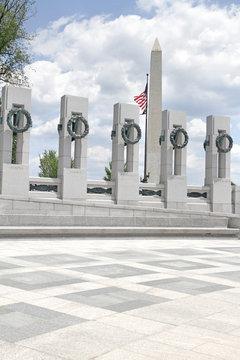 Washington Monument and World War II Memorial