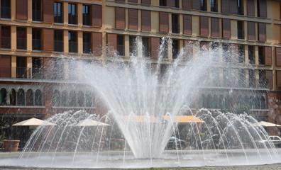 Springbrunnen Wasserspiele in der Stadt