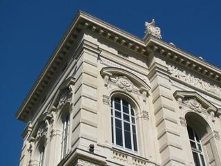 façade de caracetere
