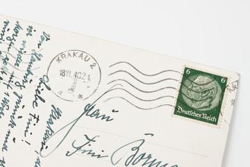 Alte Postkarte von 1940 mit Hindenburg-Briefmarke