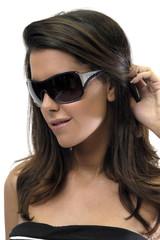 Modelo con gafas de sol 9800