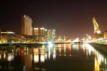Puerto Madero in Buenos Aires bei Nacht