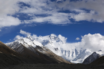 tibet: mount everest viewed from the base camp