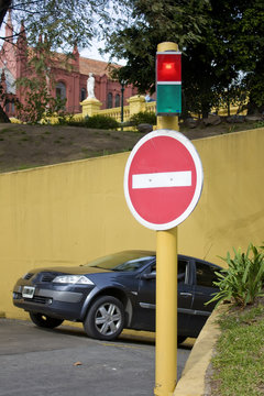 wrong direction signal