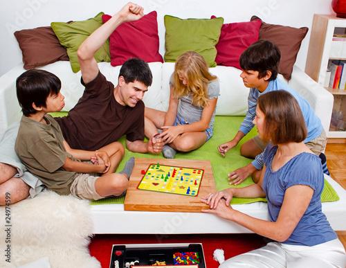 joy family friendly gaming - HD1920×1486