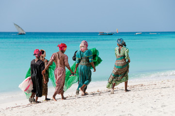 Deurstickers Afrika Women from Zanzibar