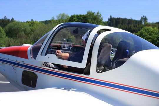 Cockpit plane
