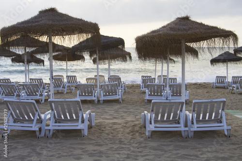 Hamacas en la playa fotos de archivo e im genes libres de derechos en imagen - Fotos de hamacas en la playa ...