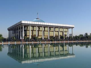 Tashkent Majlis building day 2007