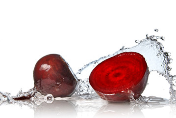 Printed roller blinds Splashing water red beet with water splash isolated on white