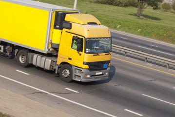 Poster Channel грузовик на дороге