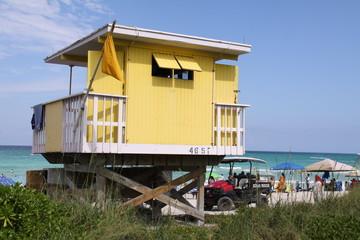 Bunte Strandhütte in Miami Beach