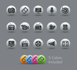 Multimedia / The vector file includes 5 colors