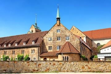 Sankt Michaelshaus mit Dom in Minden, Deutschland