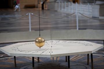 Spinning Foucault's Pendulum in the Panthéon of Paris.