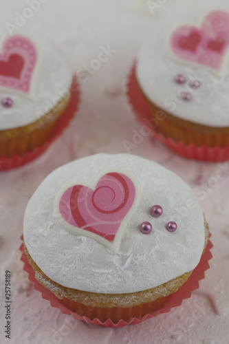 Muffin Zum Valentinstag Stock Photo And Royalty Free Images On