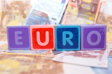 euro in blocks on money
