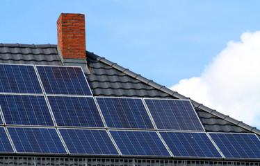 Solarzellen auf Hausdach I